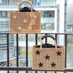 籐(ラタン)スクエアカゴBag 2色展開 ゴールド/ブラック ¥26,400- →  SALE価格¥18,480-