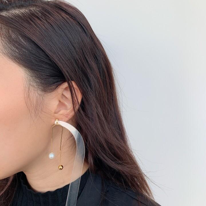 Agnes Earrings 【価格】¥41,800 【素材】SVK18YGコーティング、淡水パール