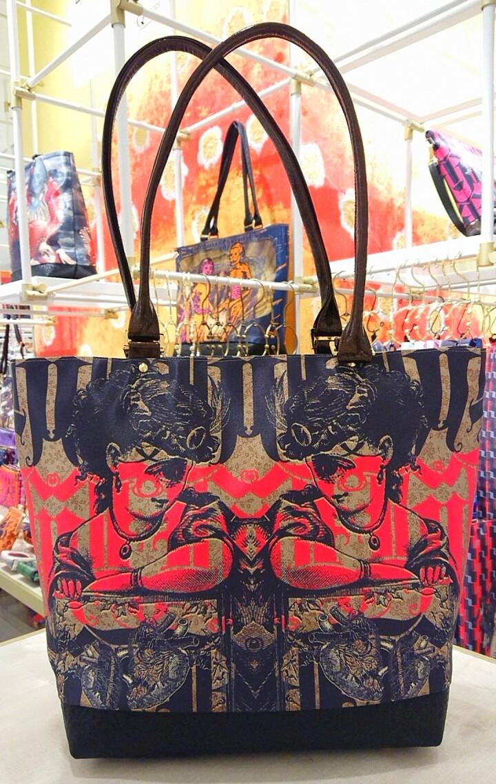 「トートバッグ」各種 ¥39,600(税込)