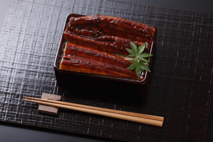 蒲焼うな重(1折)3,024円
